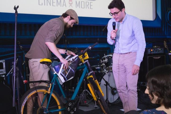geanta-pentru-bicicleta-perfecta-1200x800